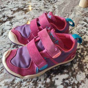 Plae sneakers, TY style